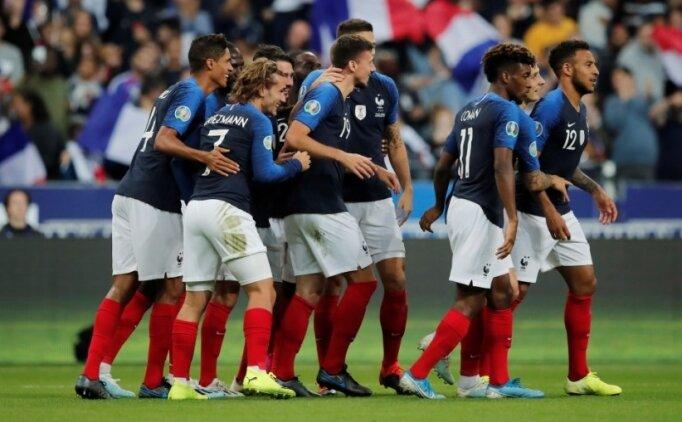 Fransa, Andorra duvarını 3 golle aştı!