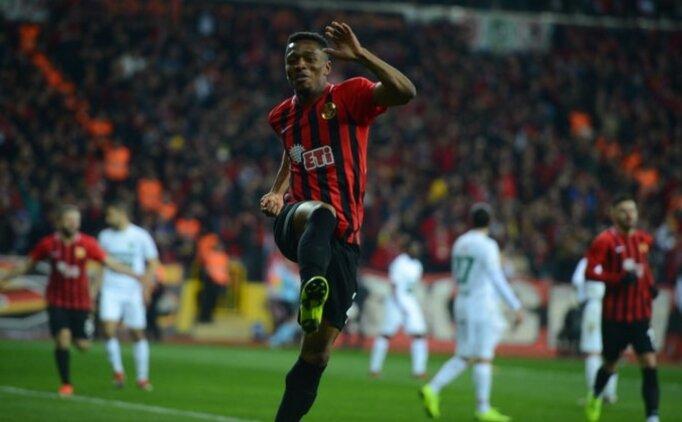 Trabzonspor'dan ilk transfer; Jesse Sekidika