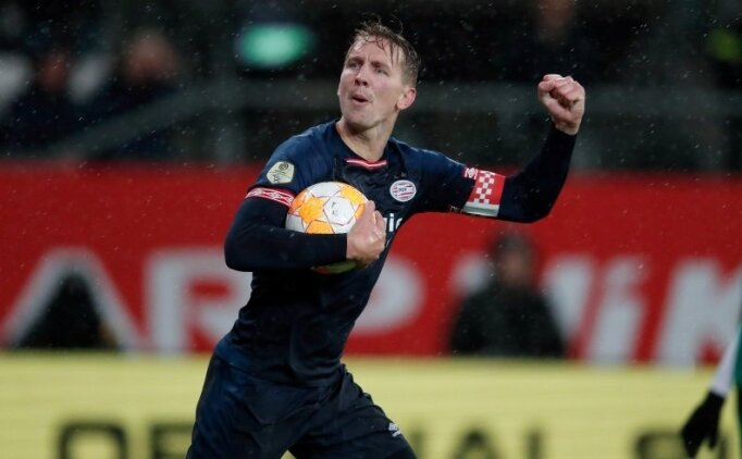 PSV, 2-0'dan 1 puanı kurtardı!