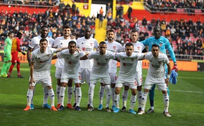Sivasspor başarılı performansıyla taraftarını heyecanlandırdı