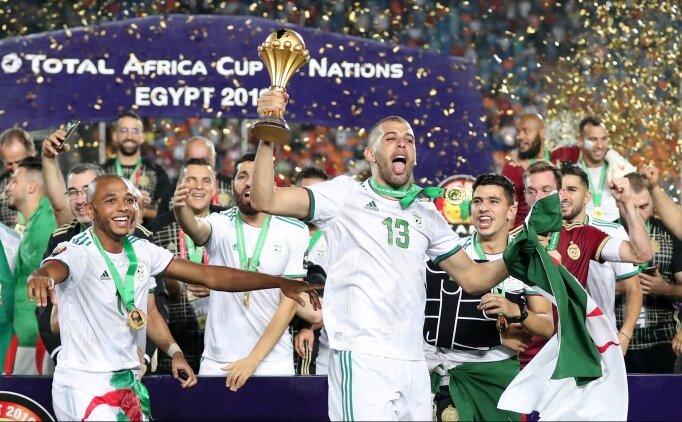 Cezayir'de ikinci şampiyonluk sevinci!