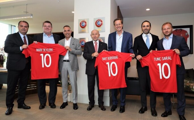 TFF'nin ana sponsorundan Nihat Özdemir'e ziyaret