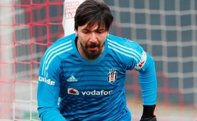Tolga Zengin, Beşiktaş'tan haber bekliyor!