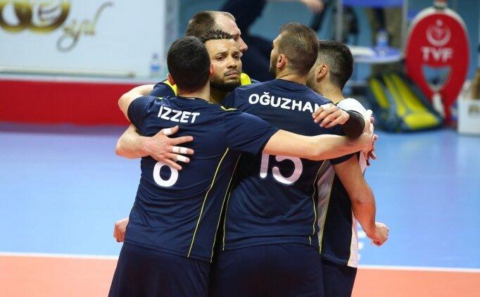 Fenerbahçe, finalde 2-0 öne geçti