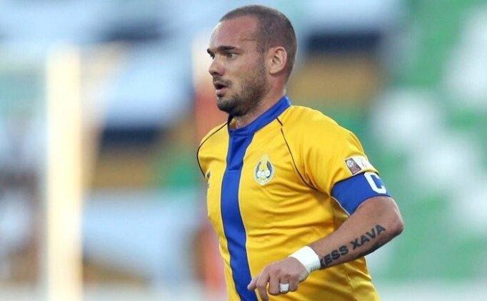 Wesley Sneijder, 1 ay sahalardan uzak!