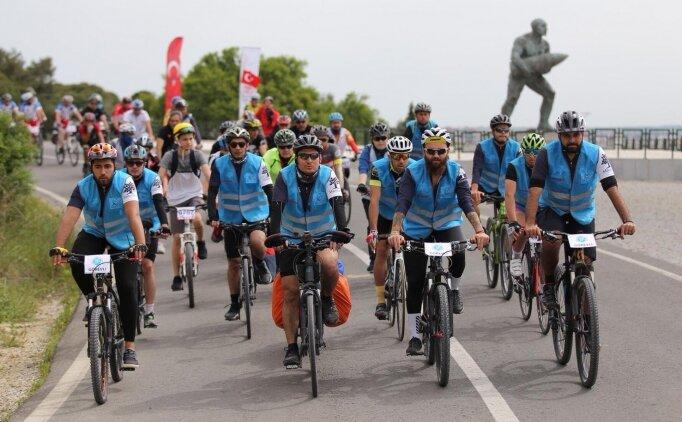 Kale Çanakkale Bisiklet Festivali'nde bisiklet severler, Troya'dan Gelibolu'ya tarihin izinde sürdü