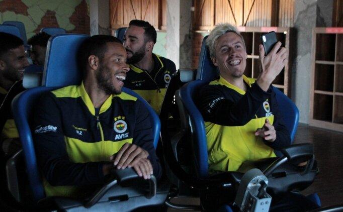 Fenerbahçeli futbolcuların hızlı tren eğlencesi
