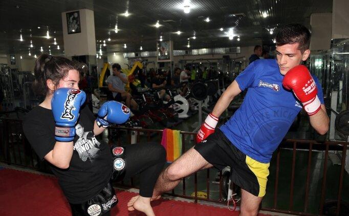 Kick boksçu ikizler milli takımı hedefliyor