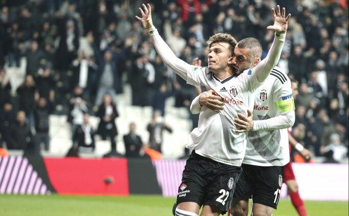 Beşiktaş, Burak Yılmaz'ı arıyor