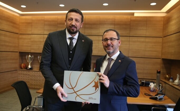 Kasapoğlu'ndan Hidayet Türkoğlu'na ziyaret