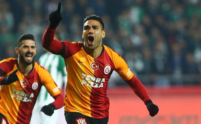 Galatasaray'da Falcao ve Saracchi'in durumu açıklandı
