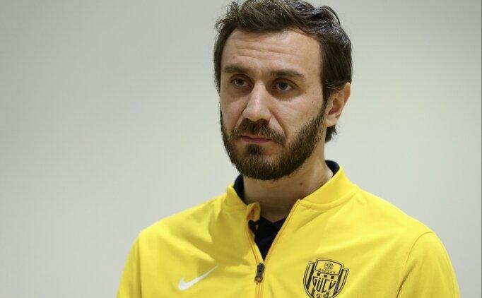 'Altay Bayındır, Avrupa'nın önde gelen takımlarında oynayacak'