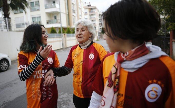 80 yaşındaki Gönül teyze futbol aşkıyla şaşırtıyor