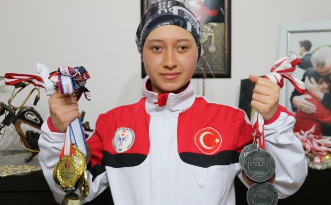 Turkcell'in tanıtım filminde oynadı, hayali dünya şampiyonluğu