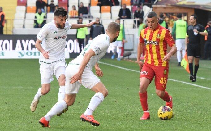 Malatya'da 2 gol, 2 kırmızı var ama kazanan yok!