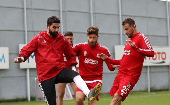 Sivasspor, tek eksikle Kasımpaşa'ya konuk olacak
