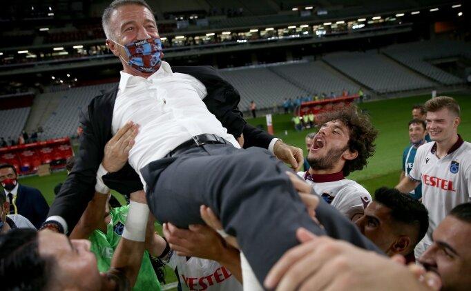Ahmet Ağaoğlu: 'Meydanı çakallara bırakmayacağız'