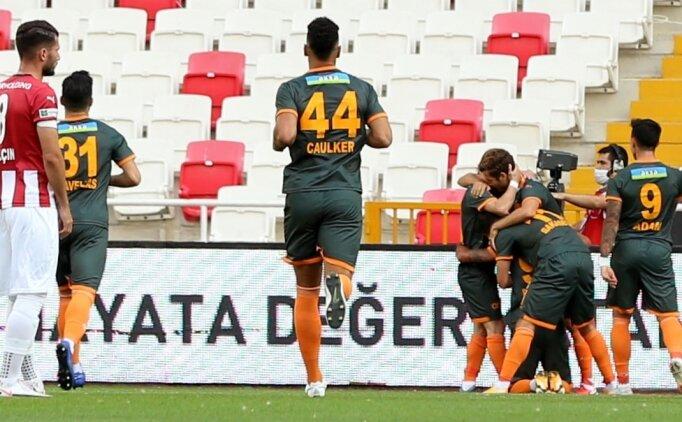 Alanyaspor, Sivas'ta 2 golle kazandı!