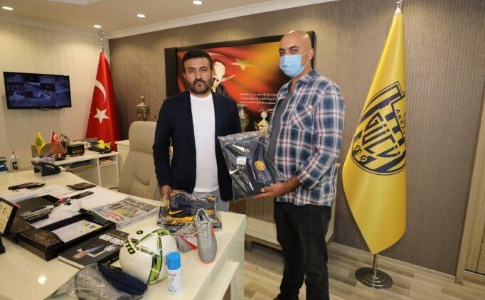 Ankaragücü Kulübünden şehit ismini taşıyan futbol takımına yardım