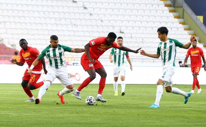 Konyaspor 83'te 1 puanı kurtardı