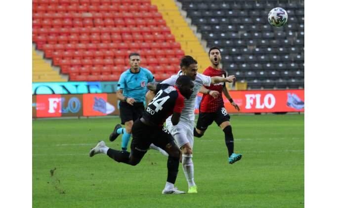 Gaziantep FK, ilk 3 puandan mutlu
