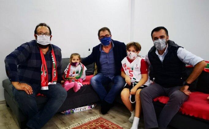 Karşıyaka Spor Kulübü Başkanı'ndan minik Ayda'ya ziyaret