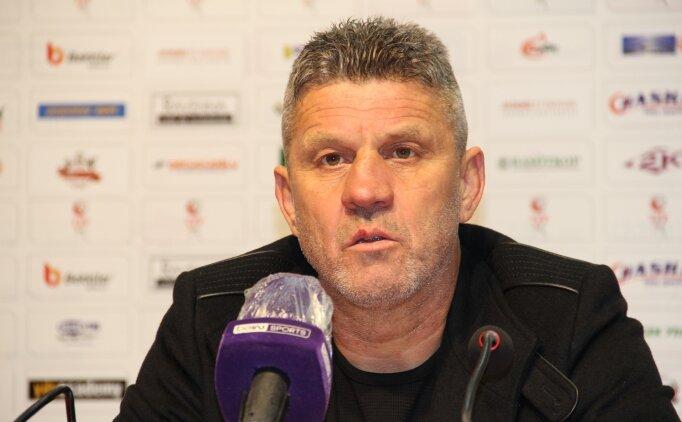 Balıkesirspor'da teknik direktör Mesut Dilsöz ile yollar ayrıldı