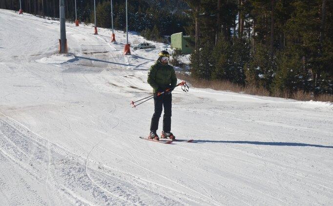 Cıbıltepe'de kayak keyfi başladı