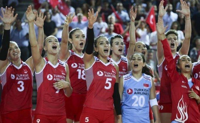 Milli Kadın Voleybol Takımı, ilk galibiyetini aldı