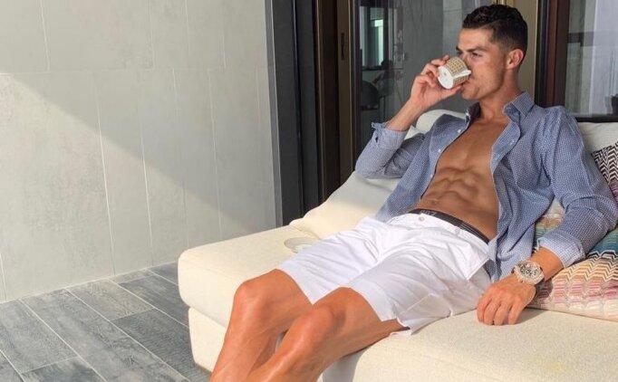 Ronaldo'ya ağır eleştiri: 'Havuz kenarında fotoğraf çektiriyor'
