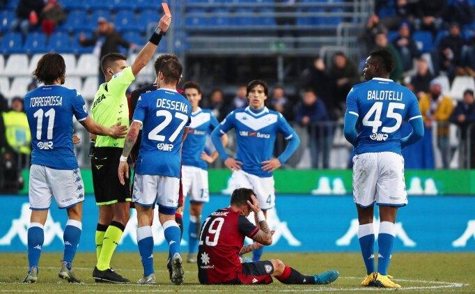 Balotelli 6 dakikada kırmızı kart gördü