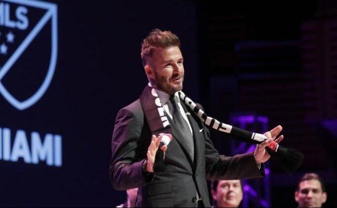 David Beckham'dan PlayStation ile tarihi imza