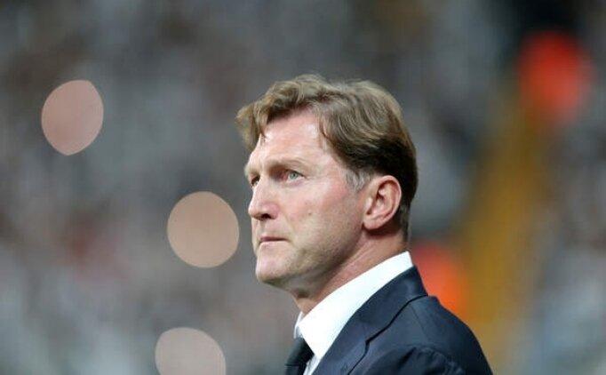 Southampton'da teknik direktör Hasenhüttl'ın sözleşmesi uzatıldı