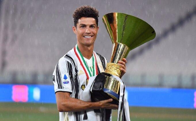 Ronaldo kendini arabayla ödüllendirdi