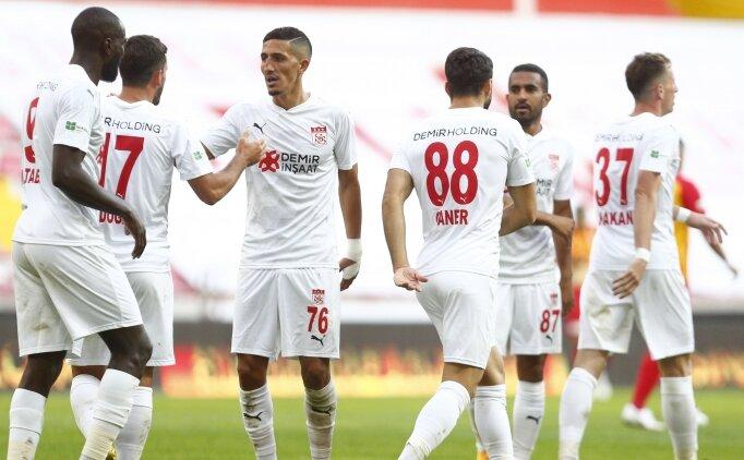 İlk 11'ler   Villarreal - Sivasspor
