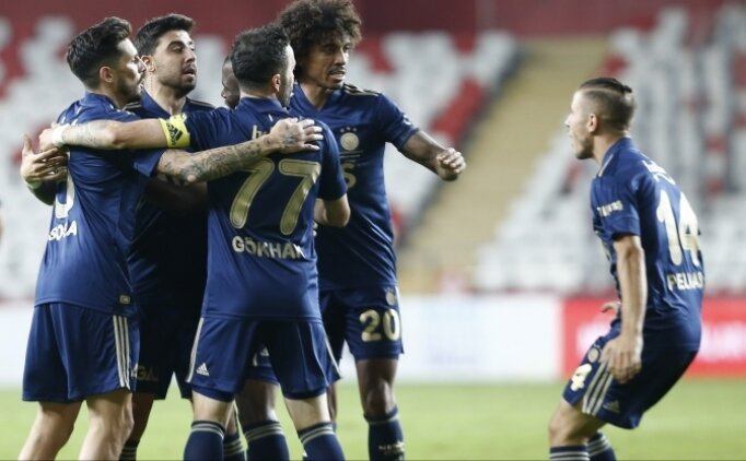 İlk 11'ler: Fenerbahçe - Konyaspor