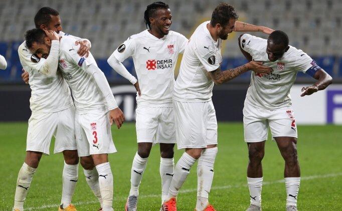 Sivasspor - Villarreal: İlk 11'ler