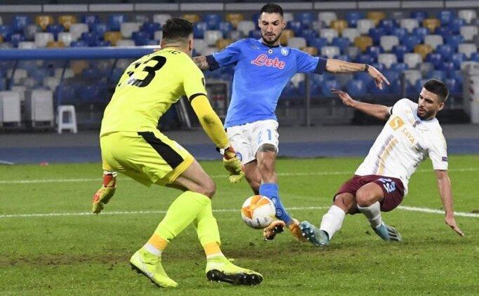 Napoli Rijeka'yı 2 golle geçti