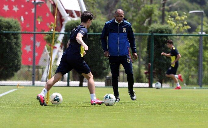Fenerbahçe'de teknik ekip genişleyebilir