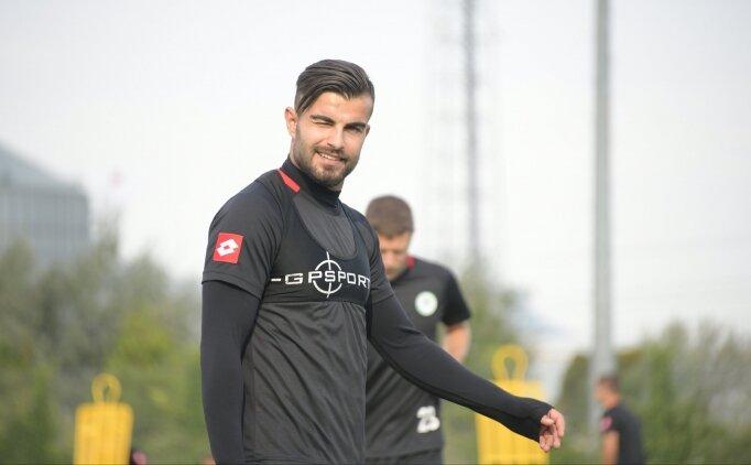 Konyaspor açıkladı: 'Beşiktaş'tan teklif aldık'
