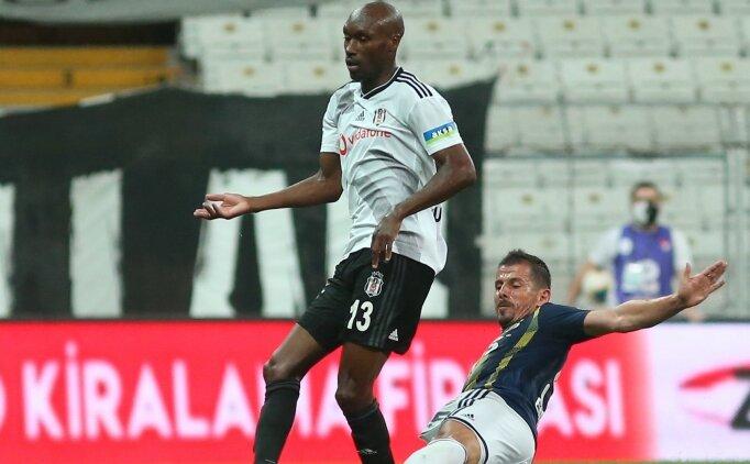 Beşiktaş'ta ilk imzayı Atiba Hutchinson atacak