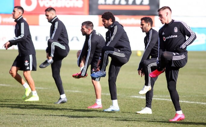 Beşiktaş'ın Rizespor maçının kamp kadrosu belli oldu