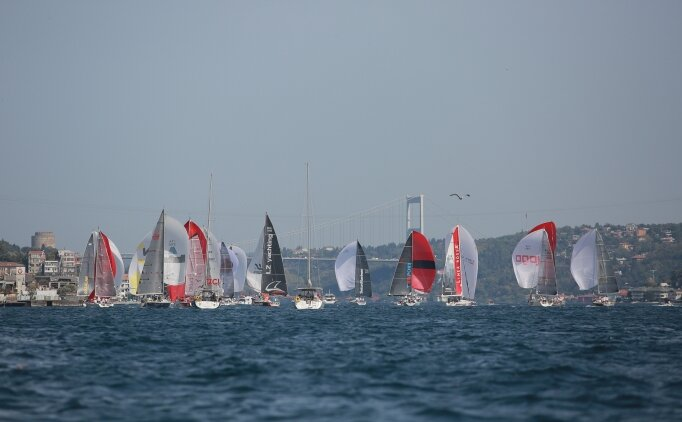Turkcell Platinum Bosphorus Cup İstanbul Boğazı'nı renk cümbüşüne çevirdi