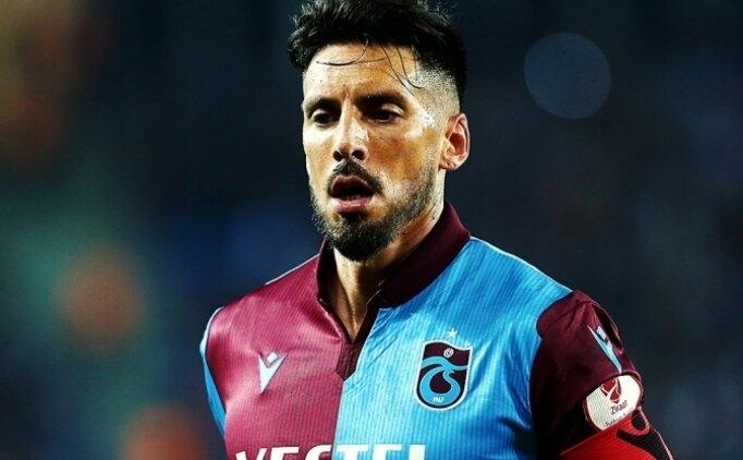 Jose Sosa, Beşiktaş ile dirsek temasında