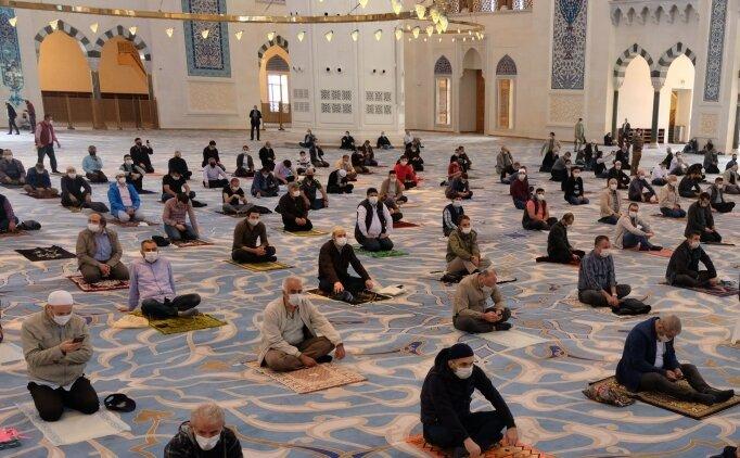 2 Aralık 2020 Cuma günü hangi dualar okunur? Cuma okunacak dualar?