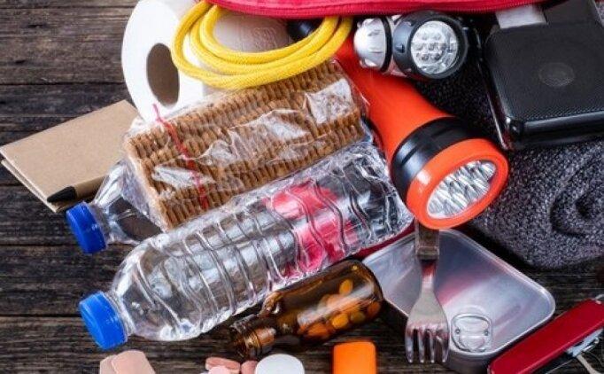 Deprem çantası nasıl hazırlanır? Deprem çantasına ne konur?
