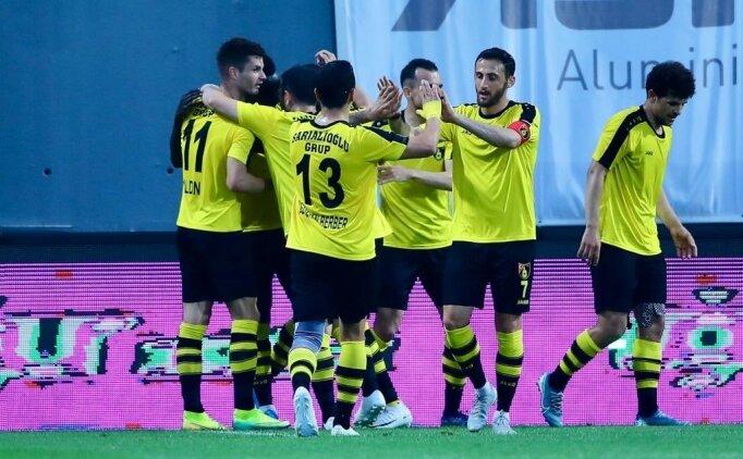 Süper Lig'in 22 takımla oynanması için TFF'ye çağrı!