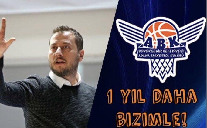 BB Adana Basketbol, başantrenör Mehmet Özkan'la uzattı