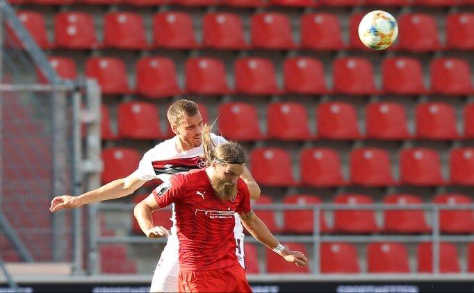Nürnberg 90+7'de attı, Bundesliga 2'de kaldı!