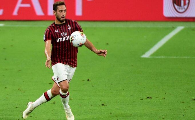 Hakan Çalhanoğlu, Milan ile 'devam' diyor!